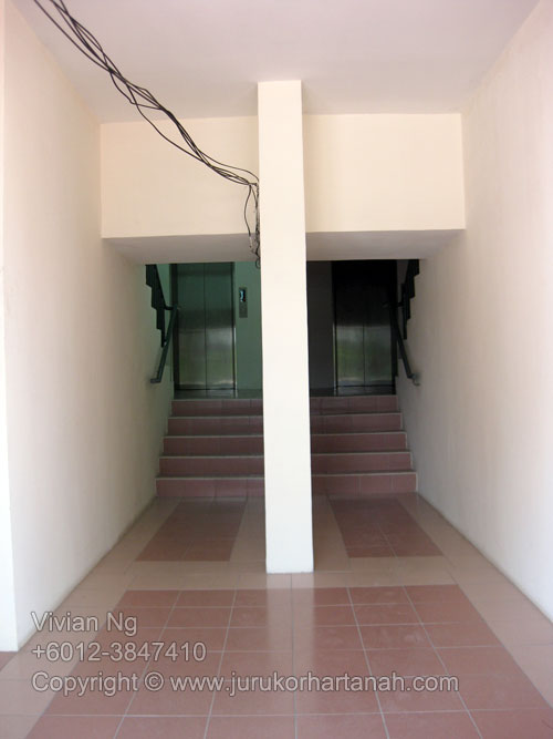 Putra Majestik Shop Office each unit has 1 lift