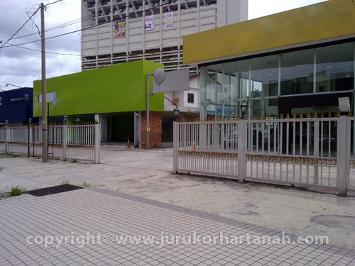 Ampang Land with ready showroom for sale