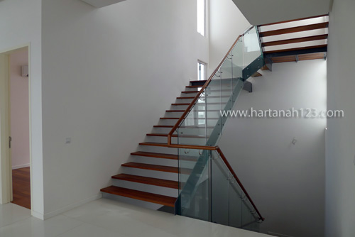 view from dining area to staircase on 1st floor