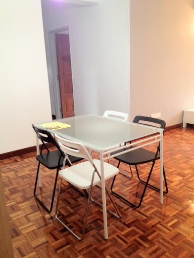 dinng table