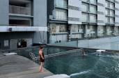 one-stop-residence-hotel-swimming-pool-011